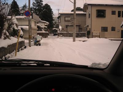 偏光レンズの見え方:雪道の運転編_c0003493_15374692.jpg