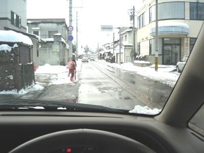 偏光レンズの見え方:雪道の運転編_c0003493_154255100.jpg