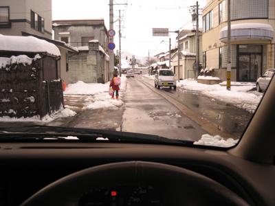 偏光レンズの見え方:雪道の運転編_c0003493_15431597.jpg