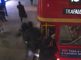 さよならロンドンバス(旧型)_b0046388_23115158.jpg