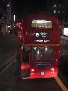 さよならロンドンバス(旧型)_b0046388_2393753.jpg