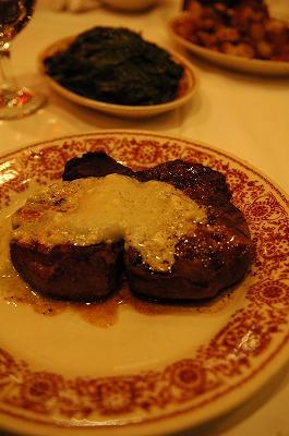 ニューヨークのレストラン_e0076932_8342838.jpg