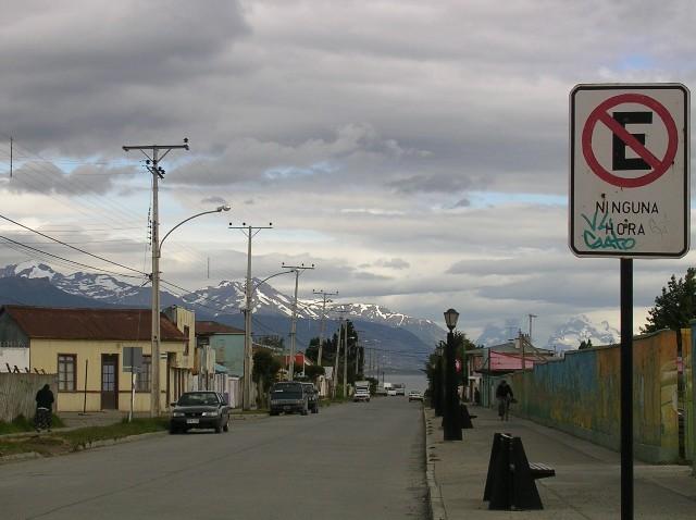 <水島夫妻のバイクの旅>  ウシュアイアからプエルトナタレスへ_c0011649_1911638.jpg