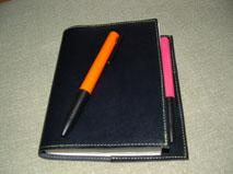ペンと手帳。_e0035344_22115155.jpg