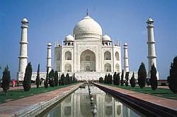 インドでどうでしょう(3)-2 アーグラー_d0066442_19485662.jpg