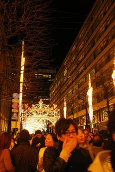 師走の夜の光の祭典「東京ミレナリオ」、今回で見納め!_c0014967_84332.jpg