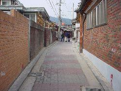 "ARCHITECTURE IN SEOUL ""ソウル建築"" 3_e0028417_21532643.jpg"