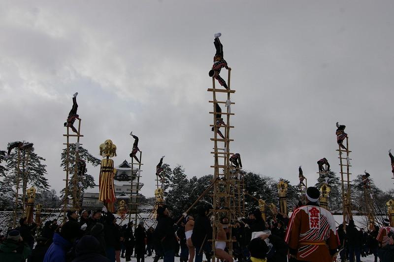 雪の中、出初式~金沢_d0043136_19335456.jpg