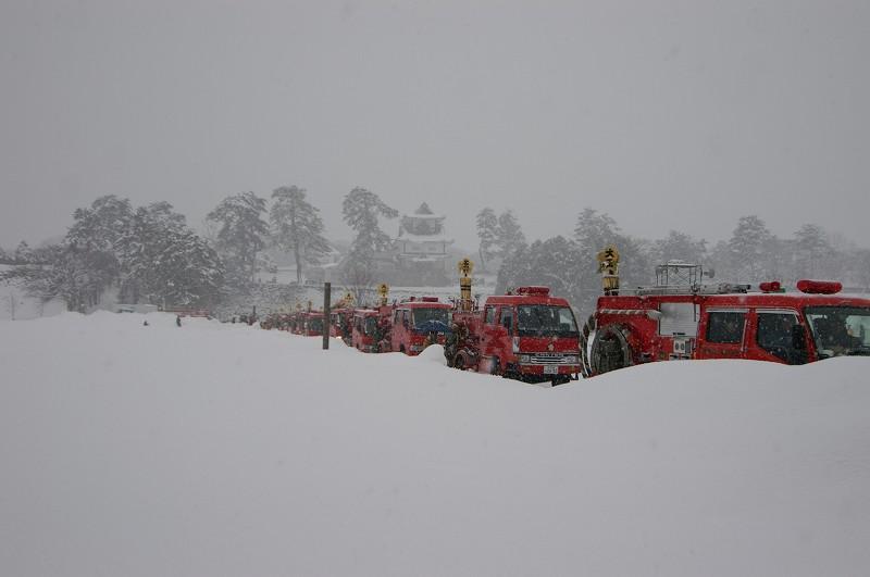 雪の中、出初式~金沢_d0043136_20451028.jpg