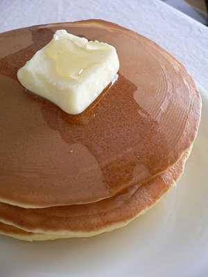 パンケーキで朝食_e0009722_18562438.jpg