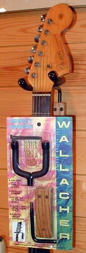 Wallacher Folding Guitar Hanger (Wood)_e0053731_18264887.jpg