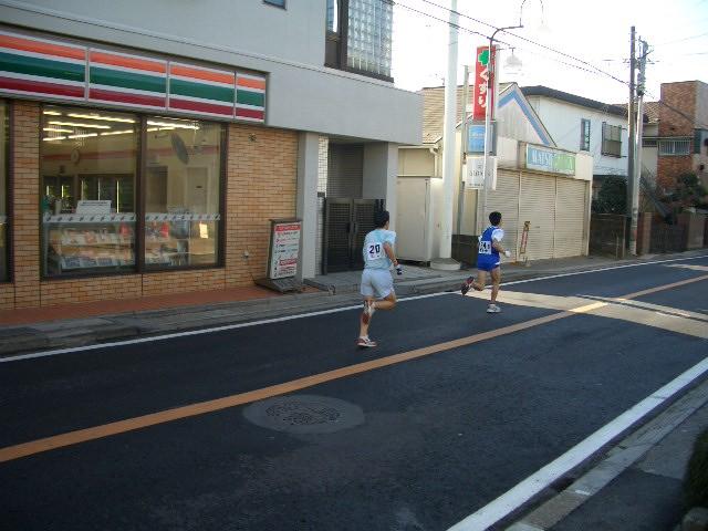 商店街がマラソンロードに早替わり!_f0000928_1354442.jpg