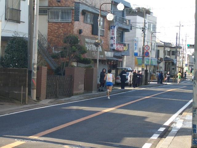 商店街がマラソンロードに早替わり!_f0000928_13555984.jpg