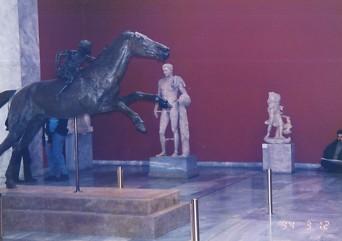 アテネ国立考古学博物館_c0011649_0491369.jpg