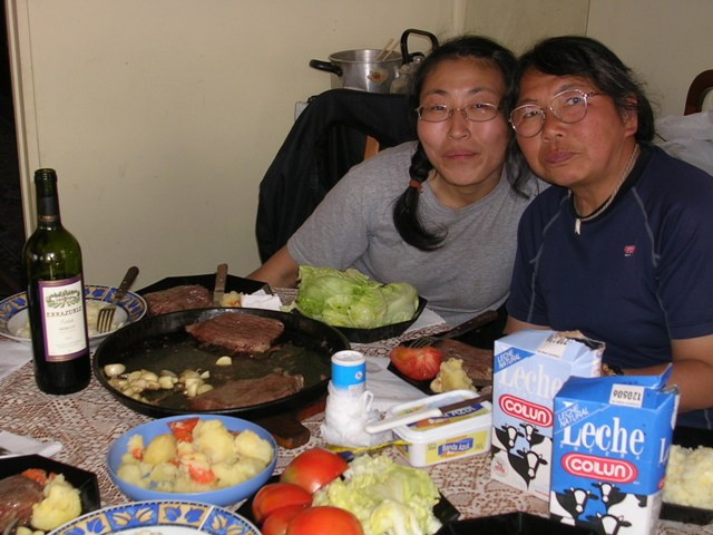<水島夫妻のバイクの旅>  フェリーでチリを北上_c0011649_11365383.jpg