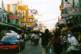 タイでどうでしょう(2) カオサン_d0066442_20403348.jpg