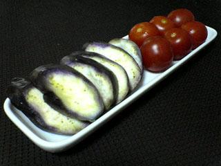茄子とミニトマトの糠漬_a0016730_2315640.jpg