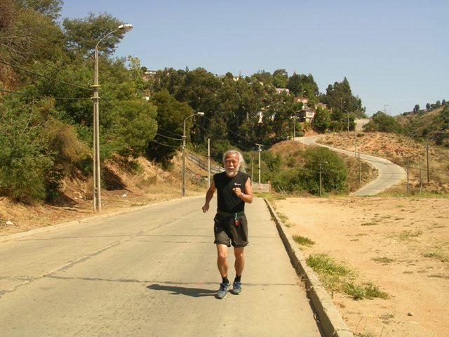 <水島夫妻バイクの旅> アフリカ大陸へのジョギング_c0011649_132336.jpg