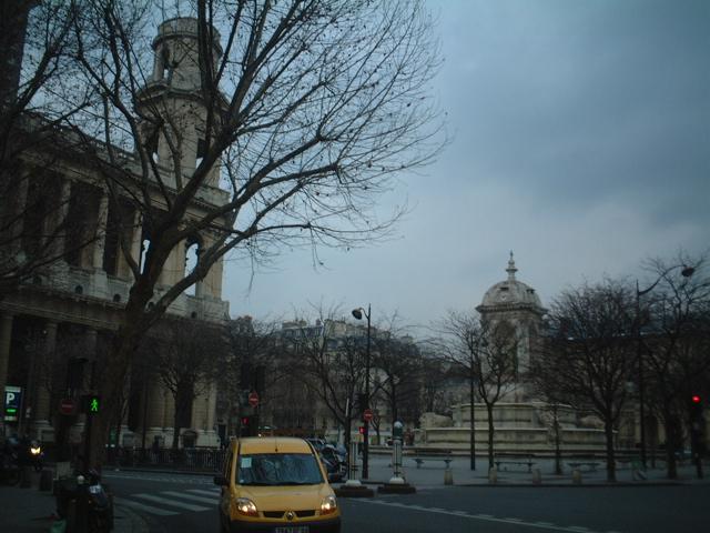 ■寒くて朝が遅いパリ・・・_d0053315_22181770.jpg