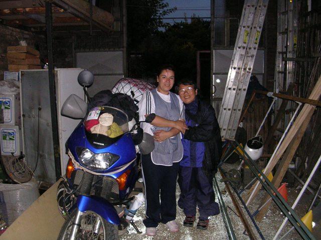 <水島夫妻のバイクの旅>  アフリカ大陸への準備_c0011649_7374937.jpg