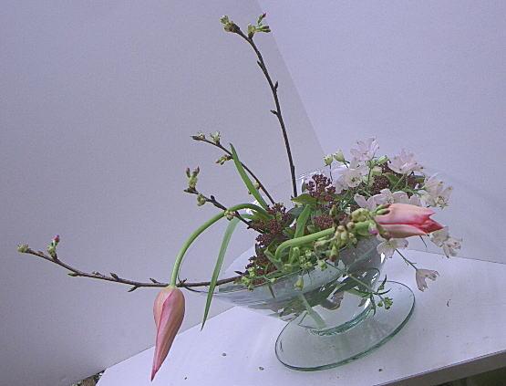 アレンジコース 春の枝を活ける_a0042928_093377.jpg