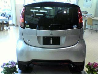 三菱自動車 未来型スモールi(アイ)_a0016730_2220651.jpg