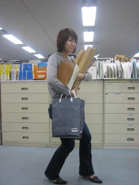 ファッションチェック!?(社内)_c0064514_19362336.jpg
