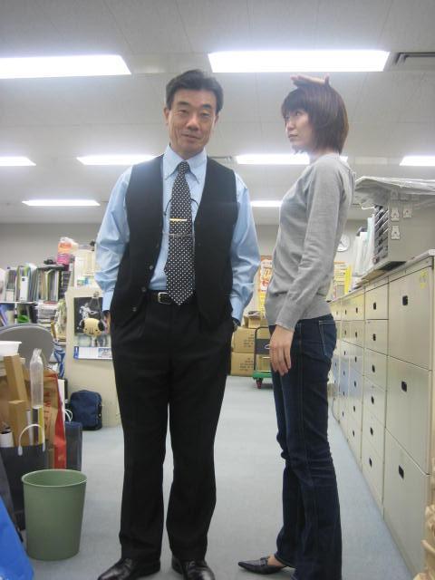 ファッションチェック!?(社内)_c0064514_19382474.jpg