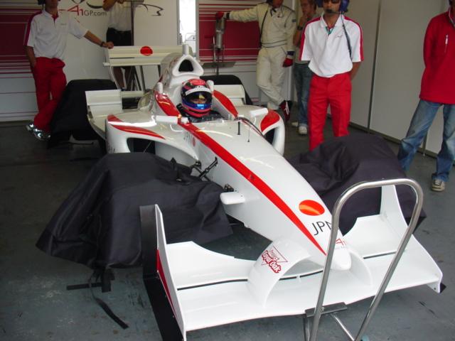 A1 Team Japan : 英国レースチーム・マネージャーBlog