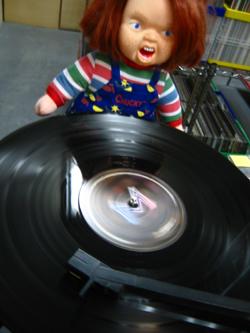 "\""DJ チャッキー\""の殺人レコード!!_f0004730_17102889.jpg"
