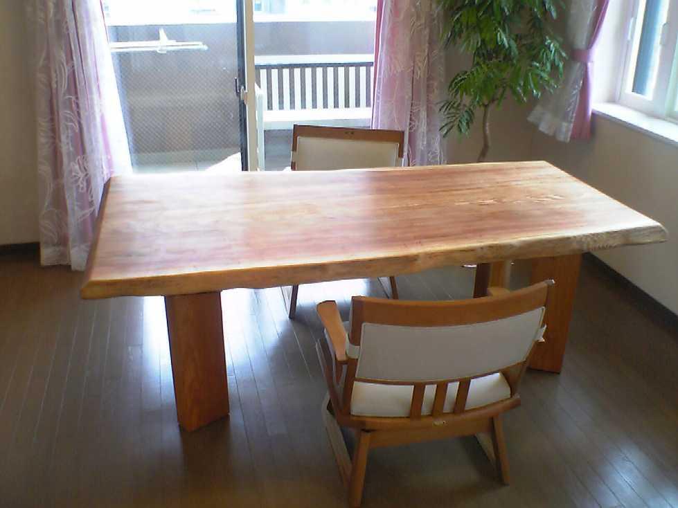 無垢のテーブル_b0001143_19143113.jpg