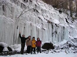 湯川の氷瀑は見事!_f0019247_0202183.jpg