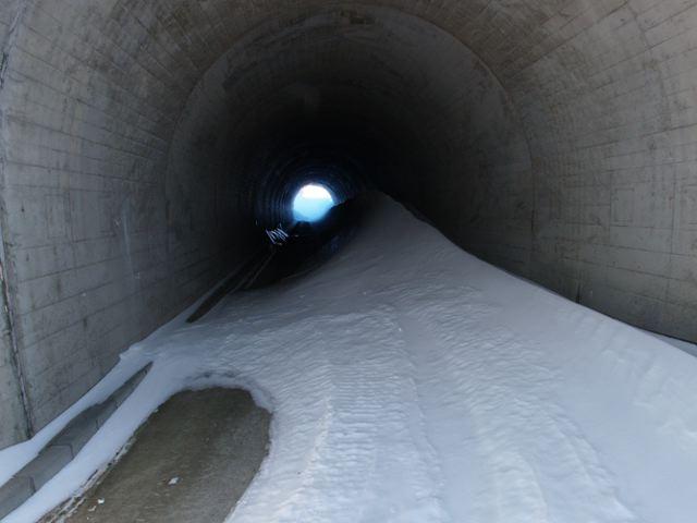 天水トンネル散策_a0025576_22492431.jpg