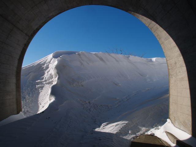 天水トンネル散策_a0025576_22541053.jpg
