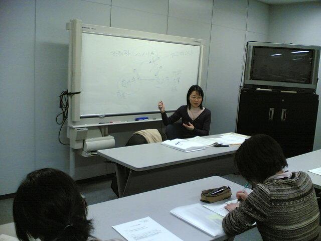 2月16日(木)#4「アートNPOの現状と課題」>古賀弥生さん_f0022268_178772.jpg