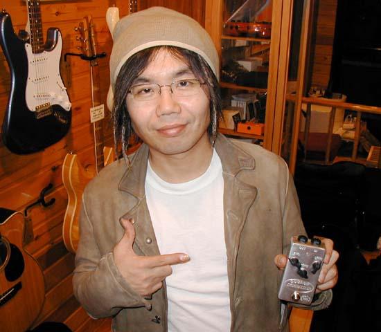 ギタリストの「小倉博和さん」御来店。_e0053731_17415617.jpg