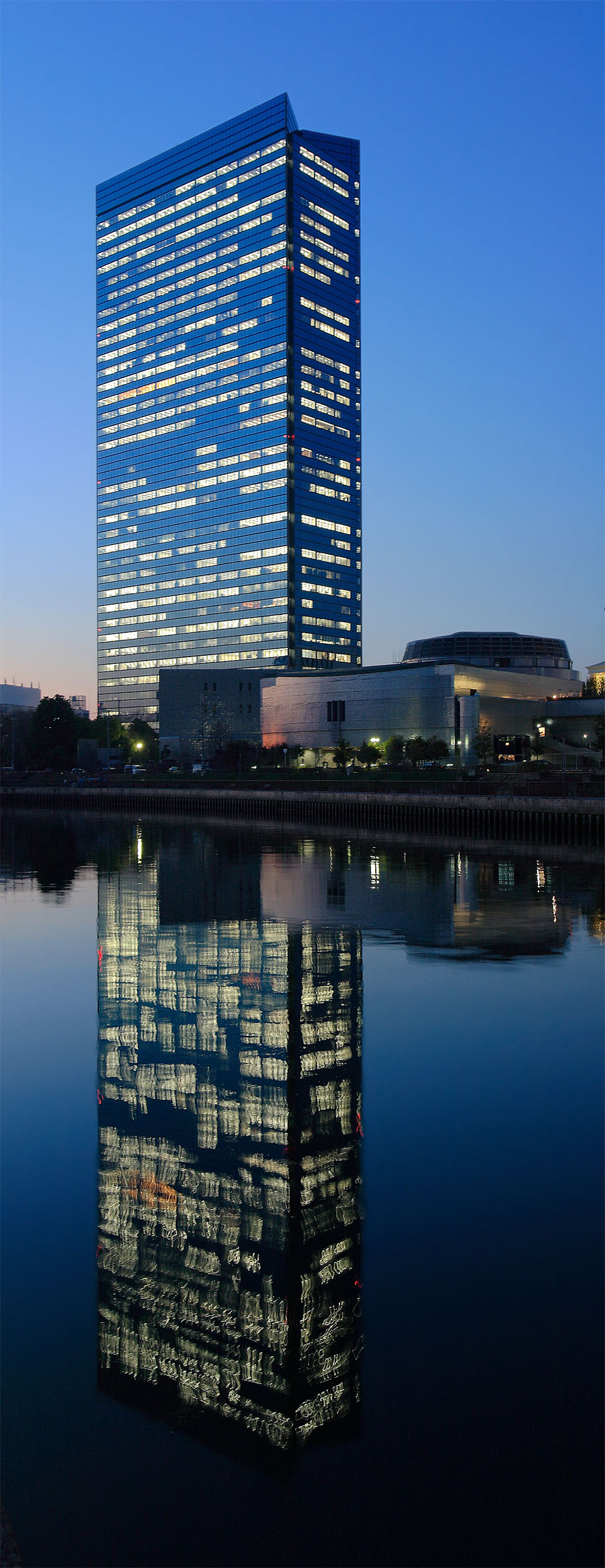 大阪城公園より_f0021869_1165676.jpg
