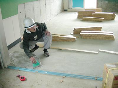 小学校 竣工間近です!_b0067774_10515692.jpg