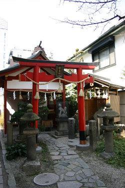 <第33番 御霊神社>_a0045381_21491263.jpg