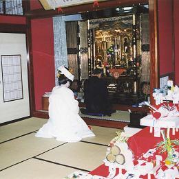 加賀の結婚・その5(仏壇参り)_d0066127_17415213.jpg