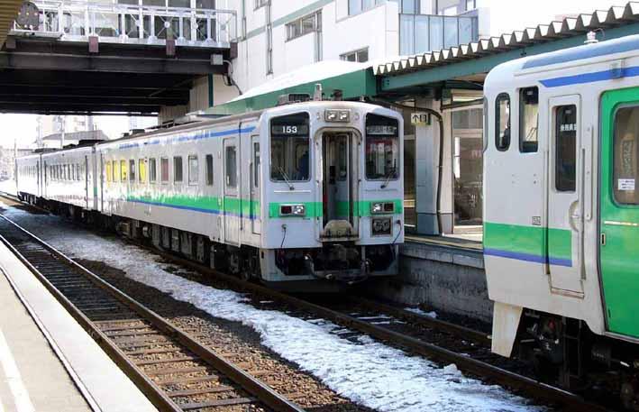 51系客車とキハ141系 : バス、鉄...