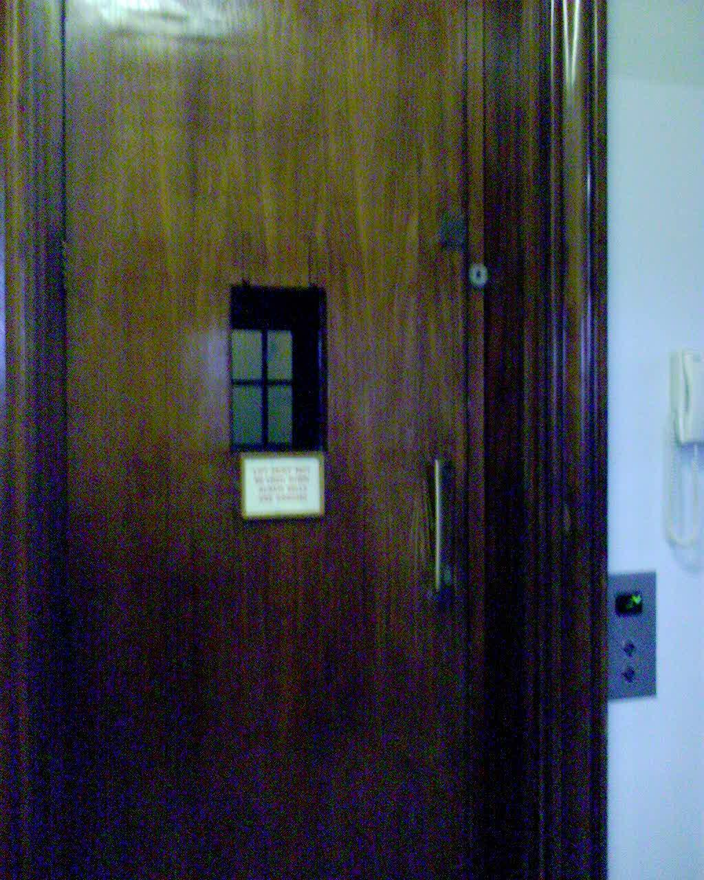 最古のエレベーター!_e0030586_23124437.jpg