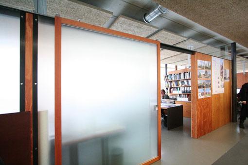 オーストリア木造建築研修03:建築家カフマンの事務所の室内_e0054299_1652487.jpg