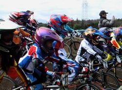 2006JOSF緑山関東オープンレースVOL3  BMXミルキー7、8,9クラス_b0065730_20524093.jpg