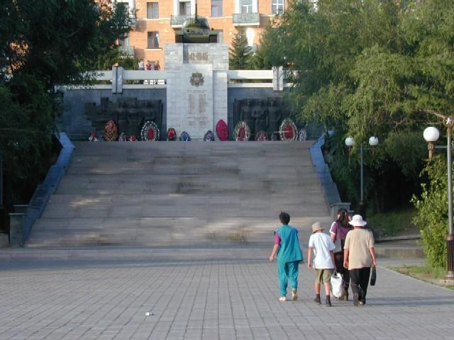 ユーラシア大陸横断 シベリア横断編 (17)  ヒロクからウランウデへ その2_c0011649_6562360.jpg