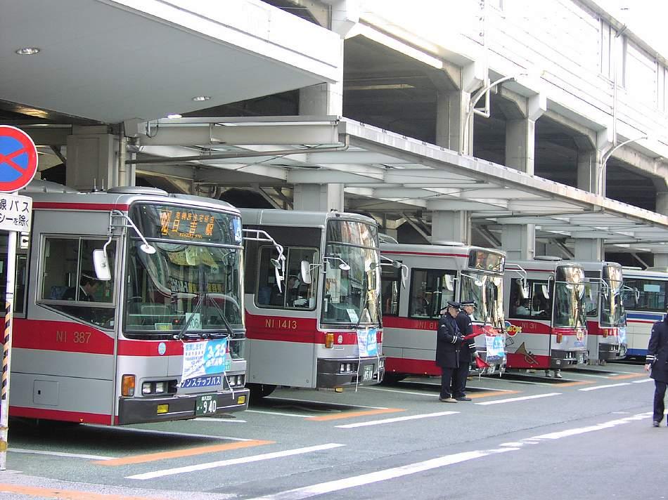 熱いバスターミナル 綱島_b0059756_23112366.jpg