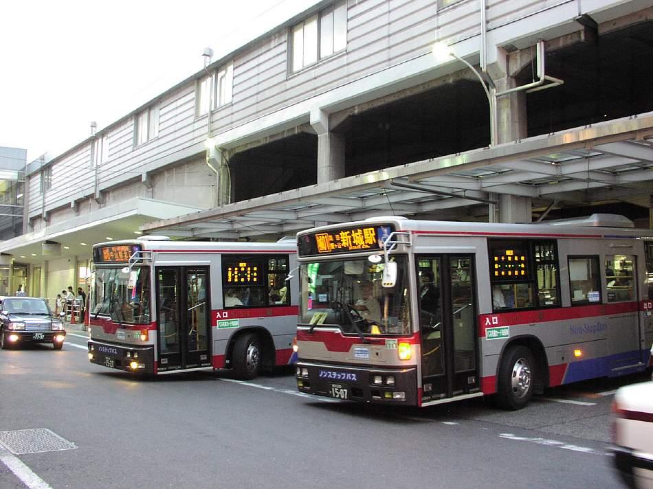 熱いバスターミナル 綱島_b0059756_2312396.jpg