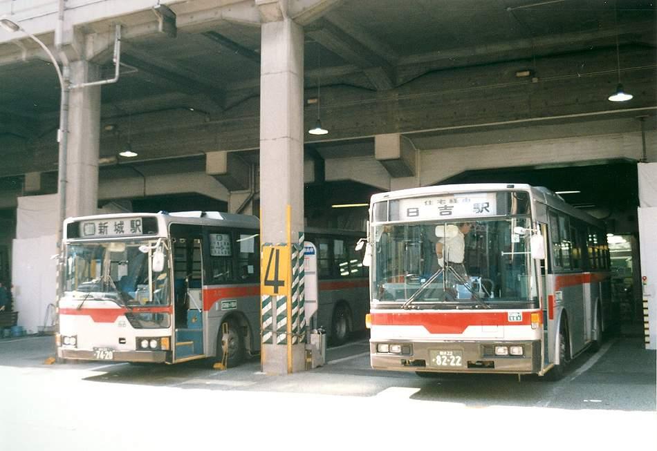 熱いバスターミナル 綱島_b0059756_2393073.jpg