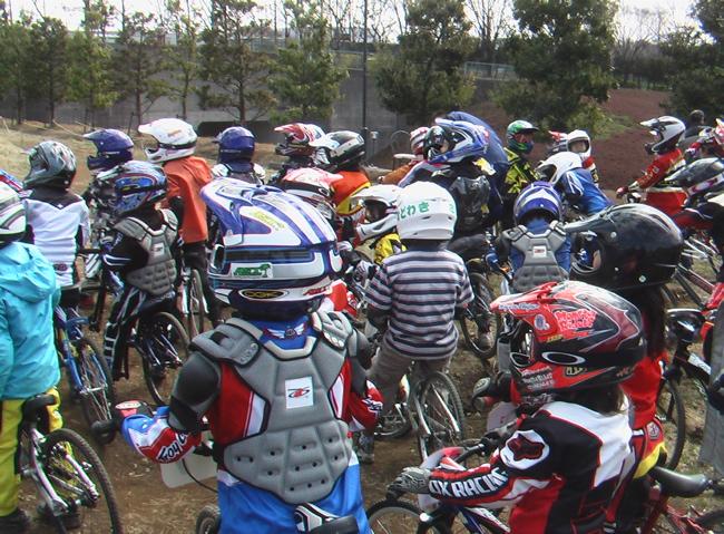 2006JOSF緑山関東オープンレースVOL4 緑山に集った人とBIKE_b0065730_2134095.jpg