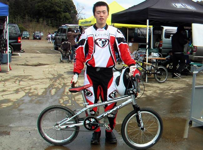 2006JOSF緑山関東オープンレースVOL4 緑山に集った人とBIKE_b0065730_21472835.jpg